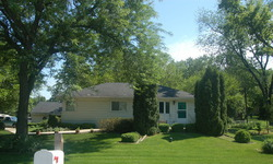 W Elm Ave - Roselle, IL
